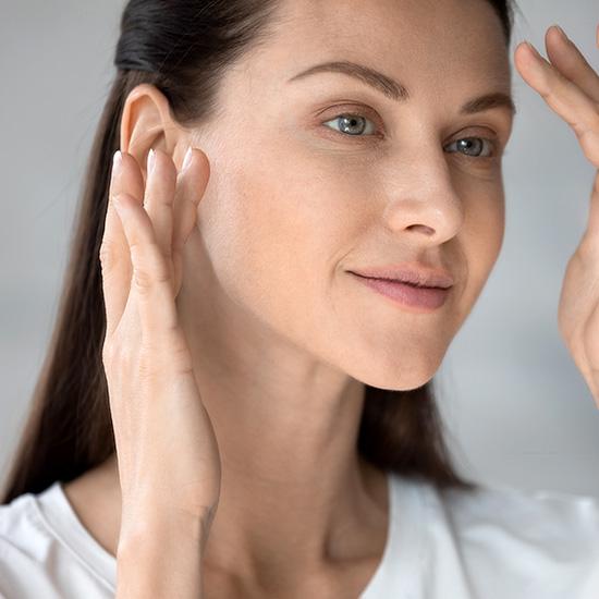 Zinc supports skin, hair and nails