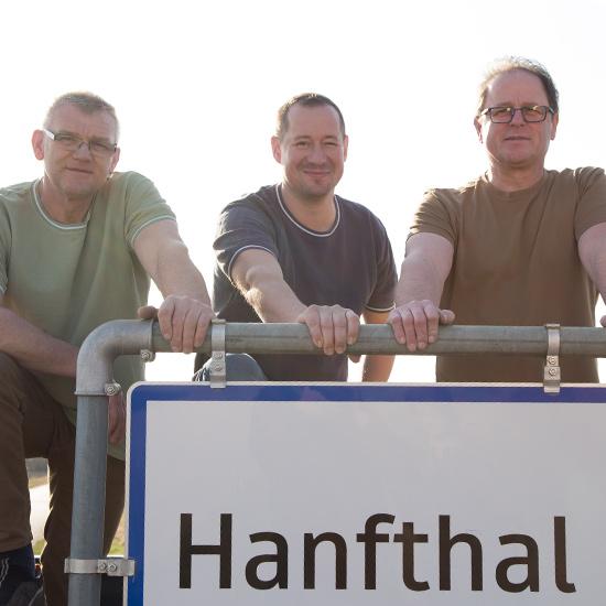 Hanifthaler Gründer