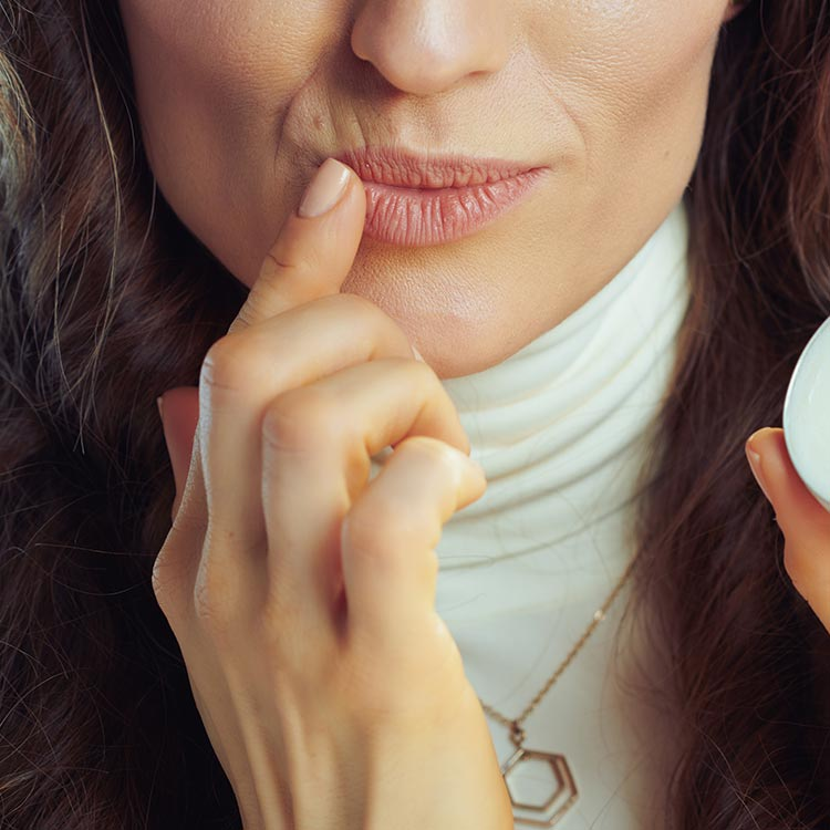 Pfefferminze als Bestandteil von Lippenbalsam