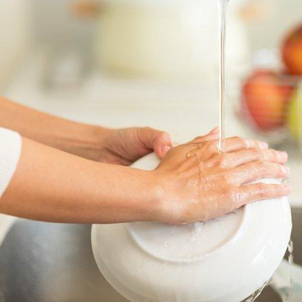 Geschirrspülmittel - besonders Sanft zur Haut