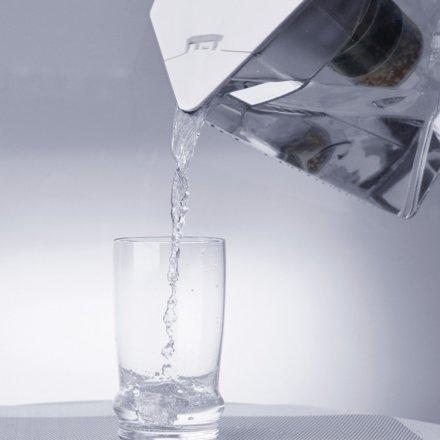 Tischwasserfilter Kanne Kini weiss