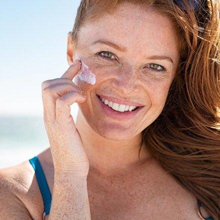 Sonnencreme Anti-Aging mit Lichtschutzfaktor 30 - speziell fürs Gesicht