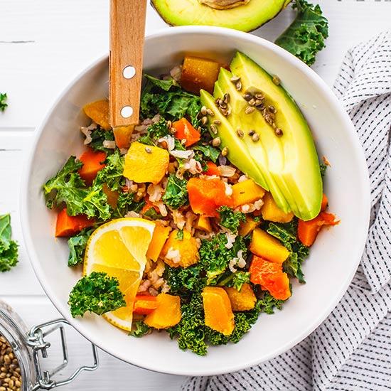 Baldrian Samen auf Salat