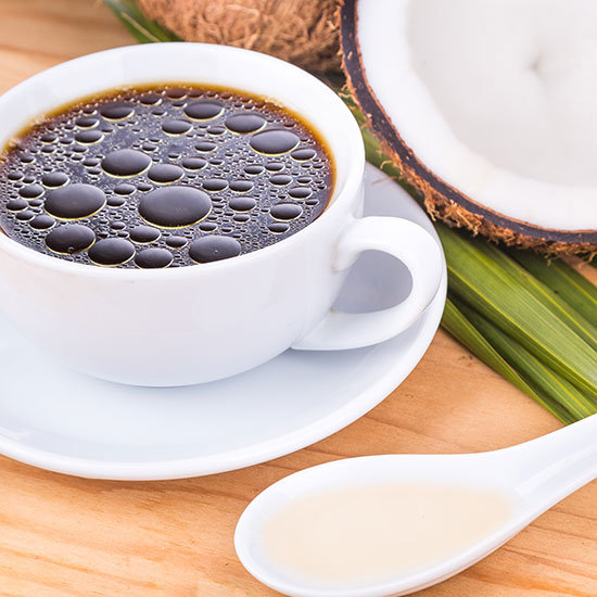 MCT-Öl in Bullet-Proof-Coffee